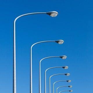 Cột đèn chiếu sáng tròn côn liền cần TCC
